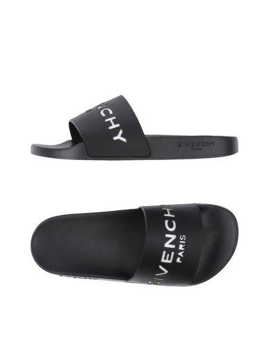GIVENCHY 20Mm Logo Embossed Rubber Slide Sandals, Black at yoox.com