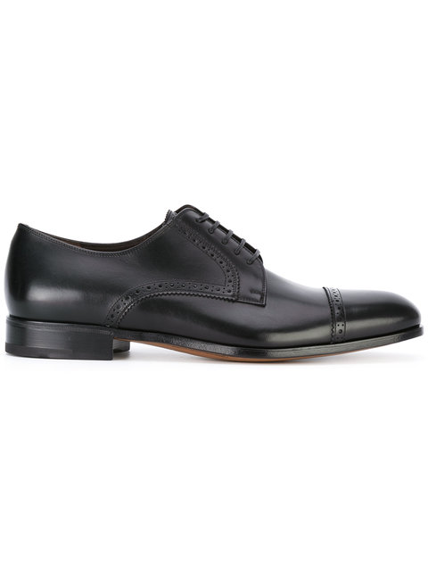 SALVATORE FERRAGAMO Cap Toe Oxford Shoes