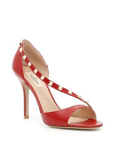 VALENTINO Garavani Rockstud Leather Sandals in Rosso Valentino Poudre|Rosso