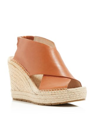 KENNETH COLE Ona Wedge Espadrille Sandals in Tan