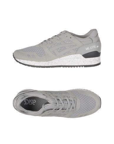 ASICS Sneakers in Light Grey