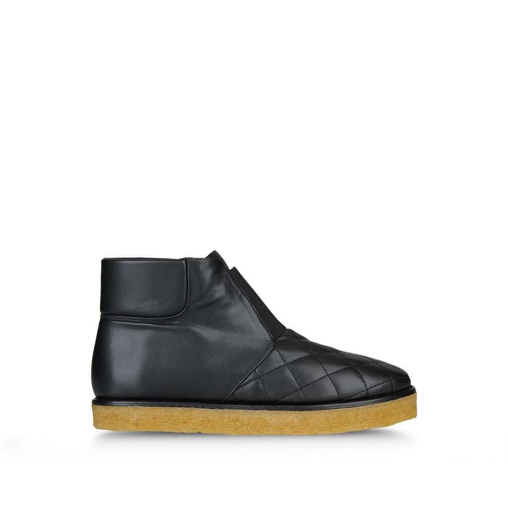 STELLA MCCARTNEY 'Brompton' Quilted Ankle Boots in Llack